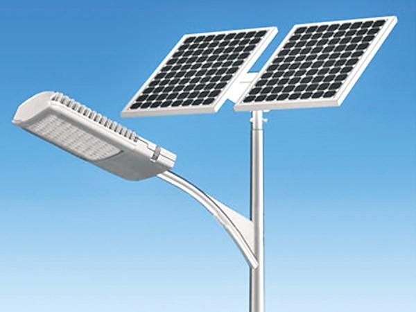 स्थानीयवासीको लगानीमा कुश्माबजारमा सौर्य सडक बत्ती