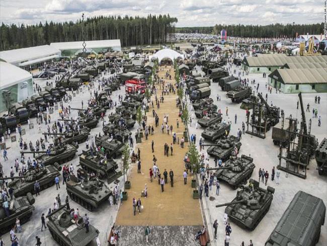 रूसद्वारा अहिलेसम्मकै विशाल सैन्य अभ्यास