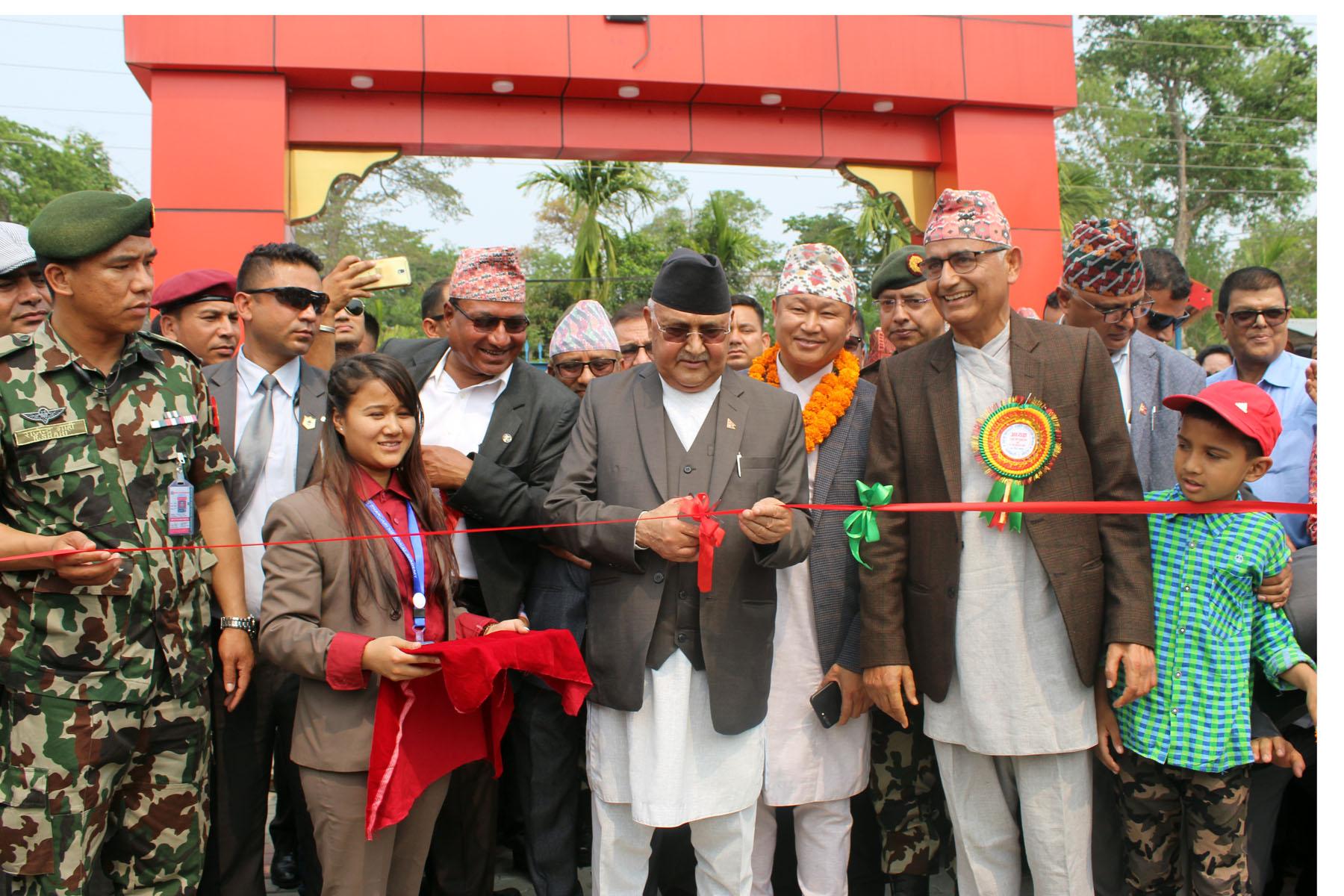 'नेपाली समाजको वास्तविक हिरो मदन भण्डारी'