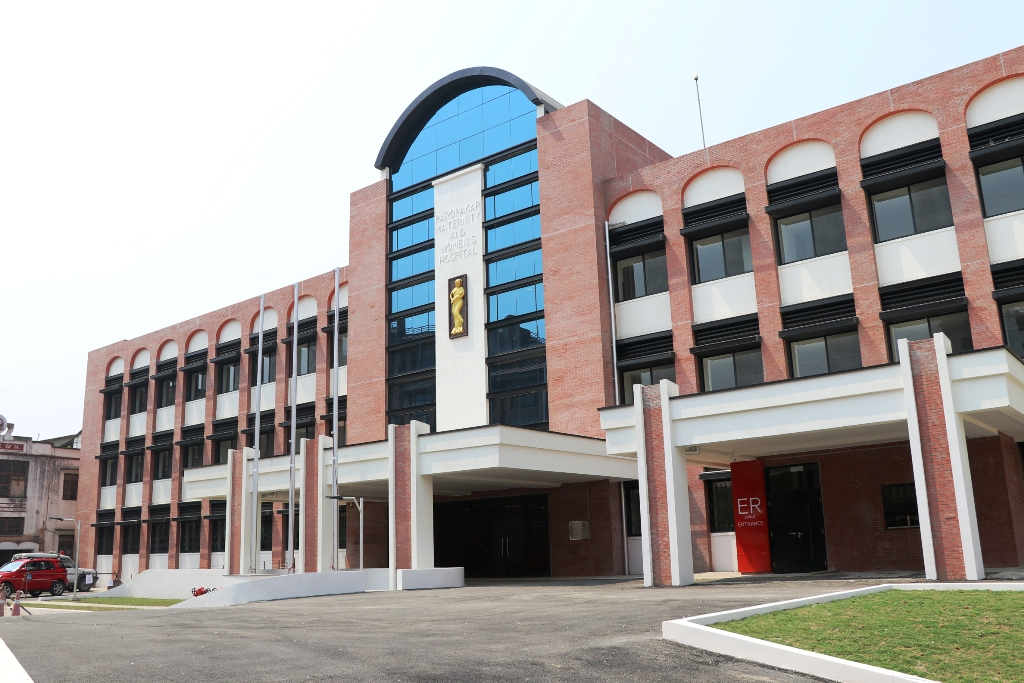 प्रसुति गृह र वीर अस्पताल भवन पुनर्निर्माण अन्तिम चरणमा