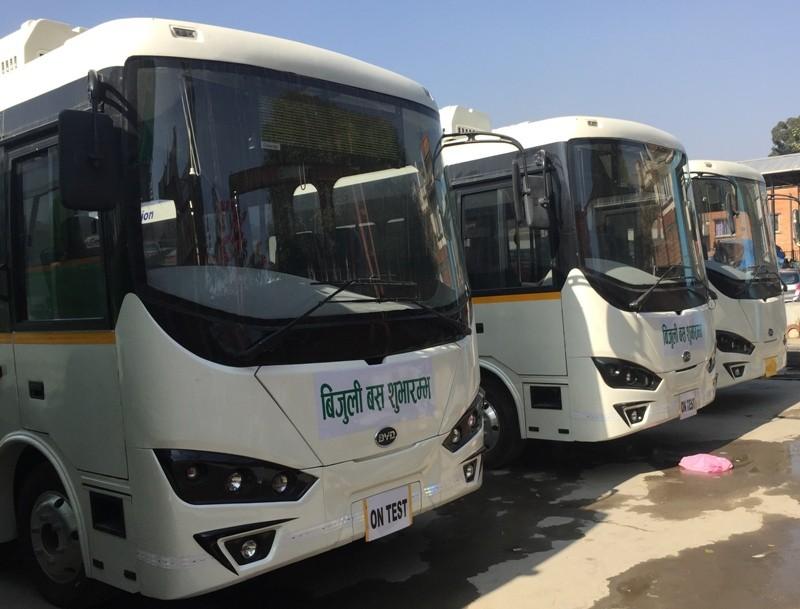 सरकारले विद्युतीय बस खरीद प्रक्रिया अगाडि बढायो