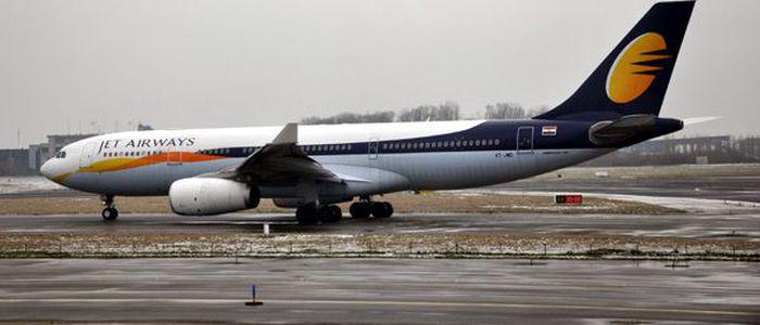आधा दर्जन विदेशी एयरलाइन्सले नेपालमा उडान भर्दै