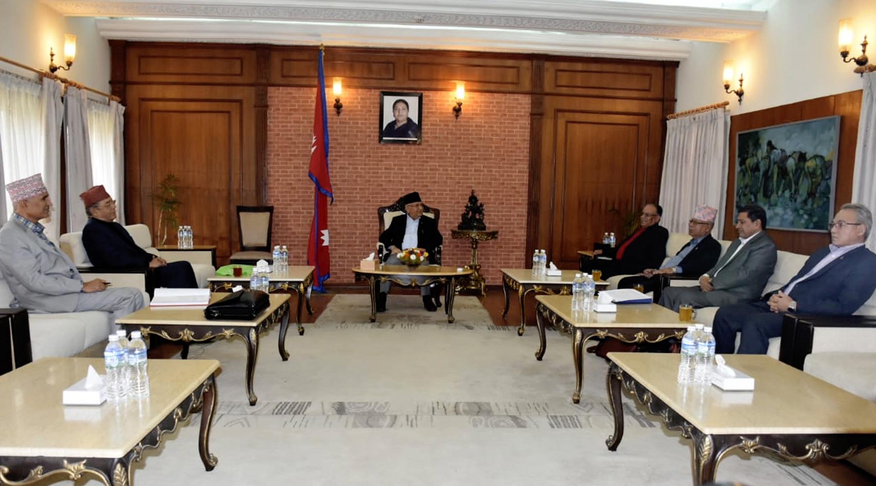 नेकपा सचिवालय बैठकः ओलीले सरकार र प्रचण्डले पार्टी सञ्चालन गर्ने