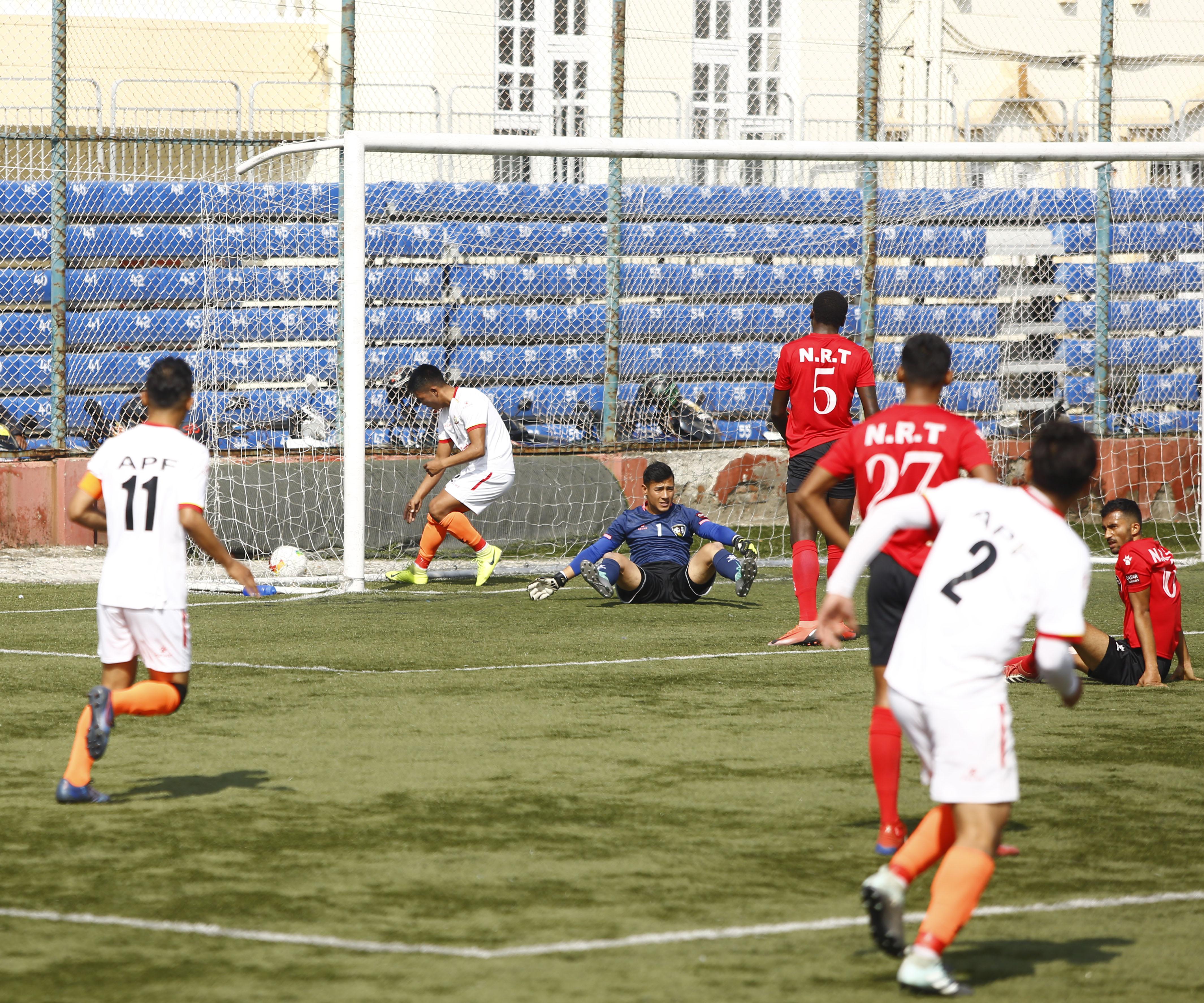 फुटबल - एनआरटीद्वारा विभागीय टोली एपिएफ पराजित