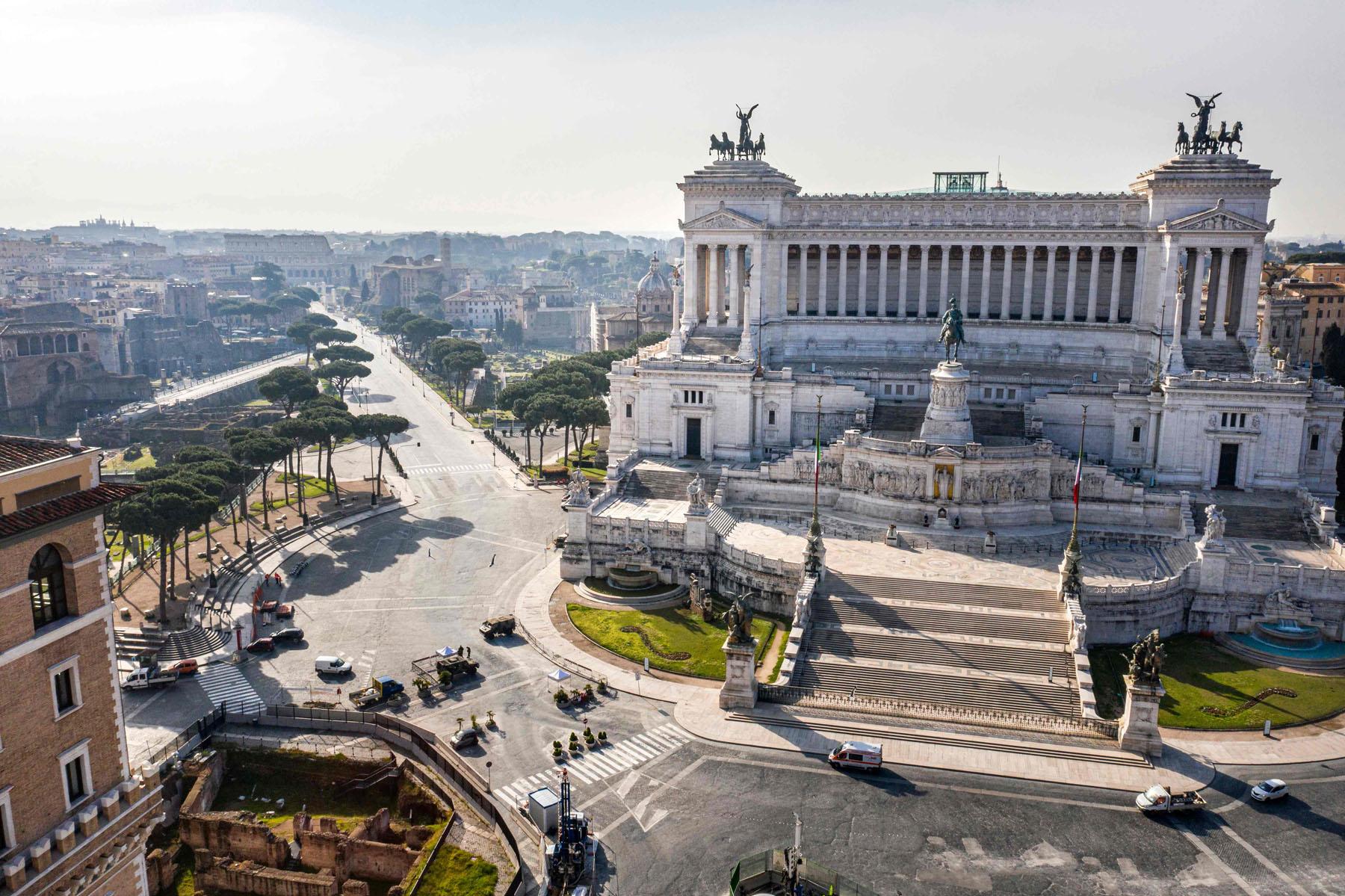 कोभिड–१९' –इटालीमा एकैदिन ८१२ को मृत्यु अमेरिकामा सङ्क्रमित १ लाख ६४ हजार
