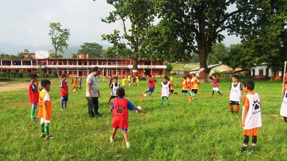 फुटबल प्रशिक्षणमा रहेका बाल खेलाडीहरुको छनौट फागुन १८ र १९ गते