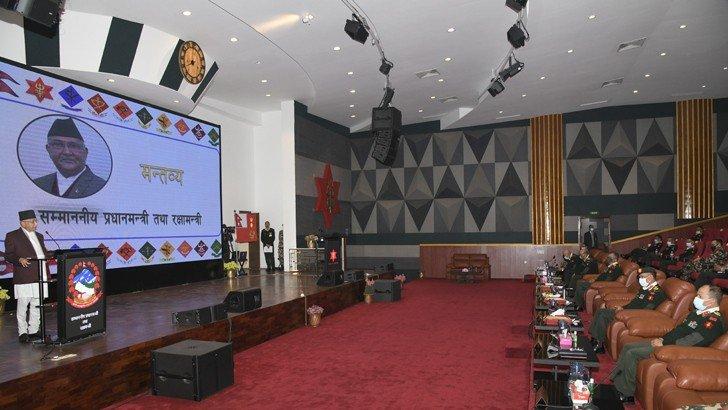 नेपाली सेनाको कर्तव्यबोध भावनाको प्रधानमन्त्रीद्वारा उच्च प्रशंसा