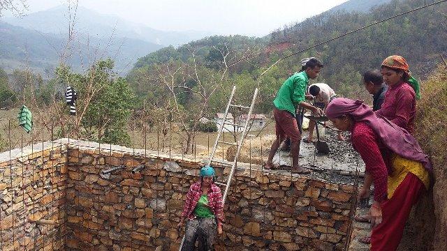 नौ हजार निजी आवास पुनर्निर्माण